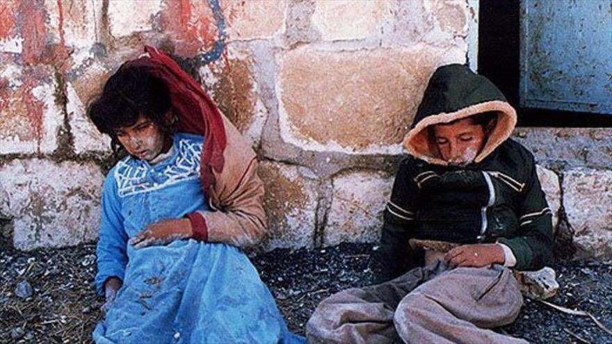 Niños iraníes muertos por bombardeo químico del régimen del exdictador iraquí Sadam Husein.