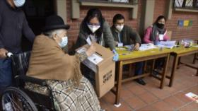 Arrancan en Bolivia, con normalidad, las elecciones regionales