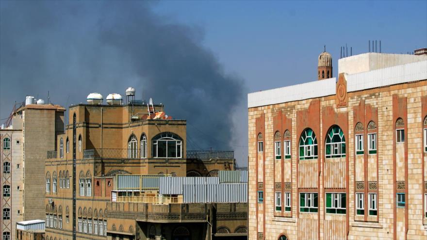 Vídeo: Arabia Saudí bombardea zonas residenciales en Saná, Yemen