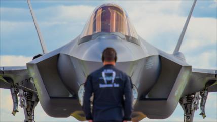 Congresista demócrata pide no gastar más en F-35 por su ineficacia