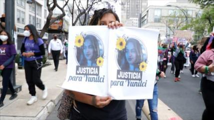 Miles de mujeres mexicanas exigen un alto a la violencia de género