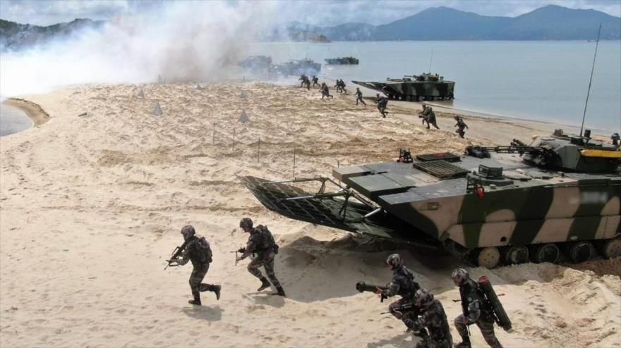 Soldados del 74º de regimentó del Ejército de China participan en un simulacro, la provincia de Guangdong, 1 de junio de 2020. (Foto: Xinhua)
