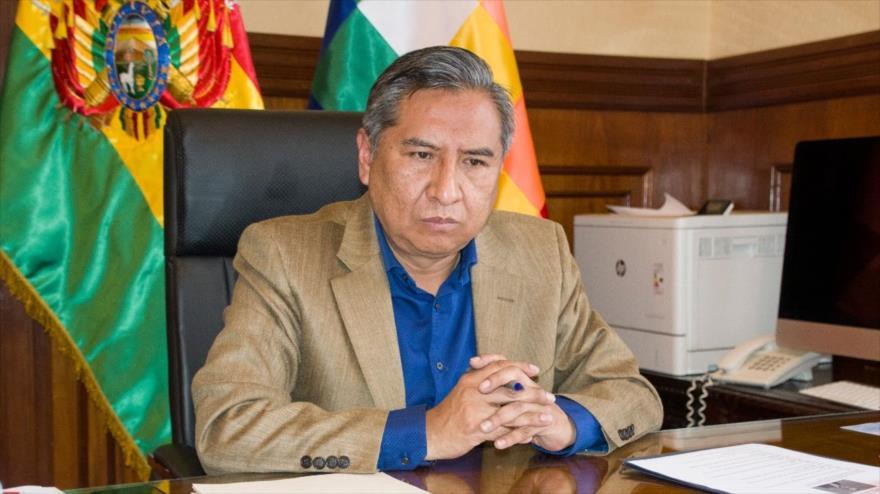 El canciller de Bolivia, Rogelio Mayta, en su despacho de la sede ministerial, situado en La Paz, la capital administrativa boliviana. (Foto: Cancillería)