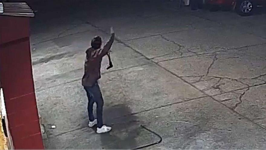 Vídeo: Policía de EEUU mata un joven desarmado con 13 disparos