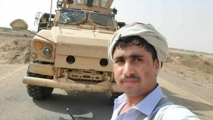 Fuerzas yemeníes se toman selfies con el botín de guerra de agresores   HISPANTV