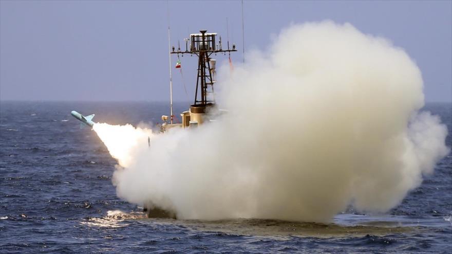 Irán equipa a su Armada con varios misiles inteligentes | HISPANTV