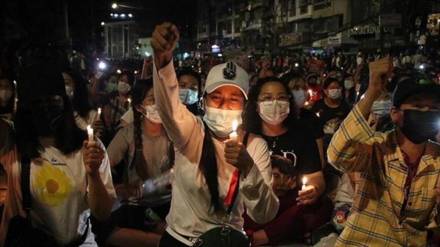 Sigue calvario posgolpe en Myanmar: 11 muertos en noche sangrienta