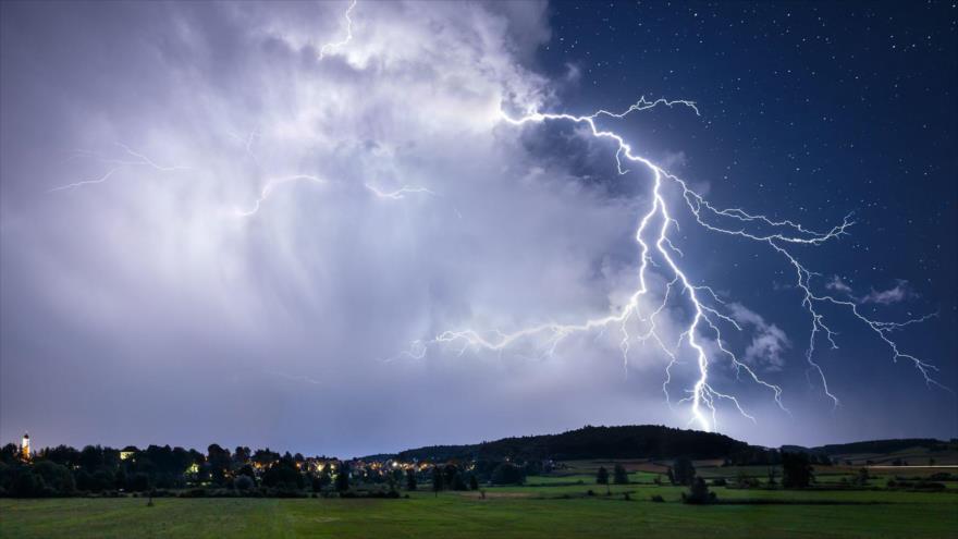 Un trillón de rayos hicieron posible la vida en la Tierra.