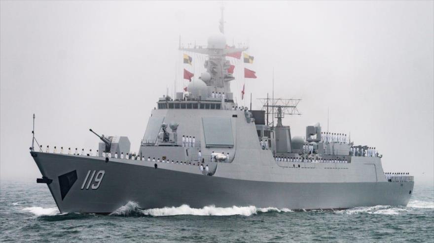 El buque de guerra de china, el tipo off Qingdao, 23 de abril de 2019. (Foto: Insider)