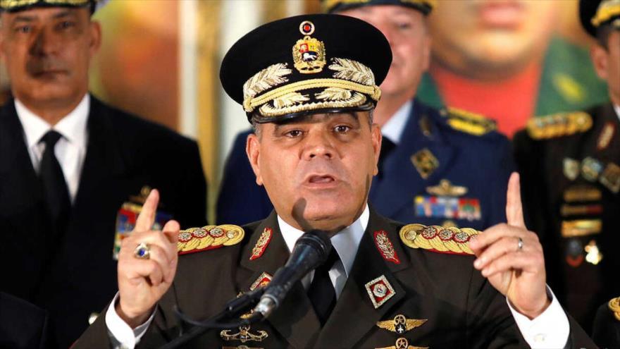 El ministro de Defensa de Venezuela, Vladimir Padrino López, en una rueda de prensa en Caracas, Venezuela, 24 de enero de 2019. (Foto: Reuters)