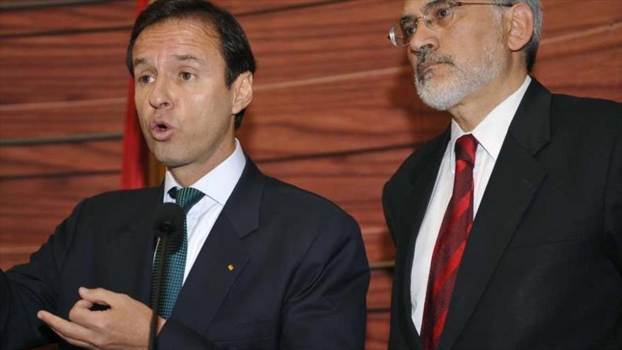 Los expresidentes de Bolivia Carlos Mesa (dcha.) y Tuto Quiroga.
