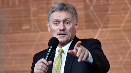 Kremlin rechaza que Rusia y China lanzan una guerra mundial de vacuna