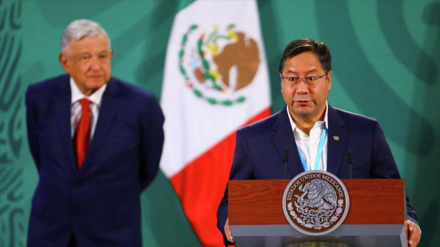 El presidente de Bolivia, Luis Arce, habla en rueda de prensa junto a su par mexicano, Andrés Manuel López Obrador, en México. (Foto: Reuters)