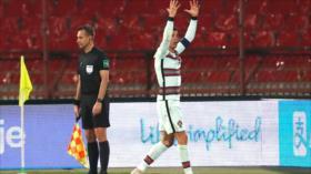 Vídeo: Vea cómo un gol anulado hace estallar a Cristiano Ronaldo