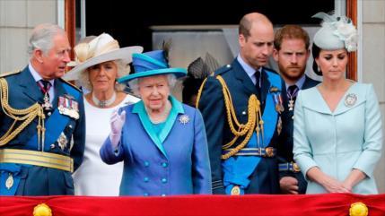 Sondeo: Minorías británicas creen que la familia real es racista