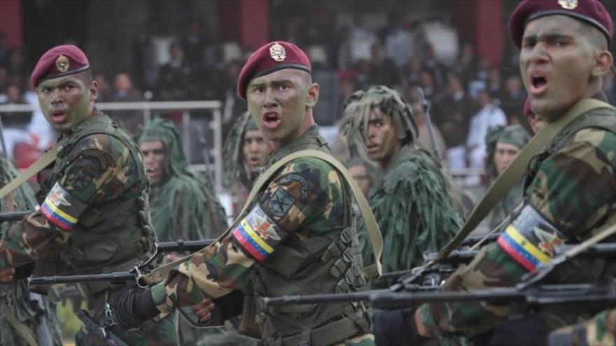 FANB de Venezuela dará fuerte golpe a grupos irregulares colombianos   HISPANTV