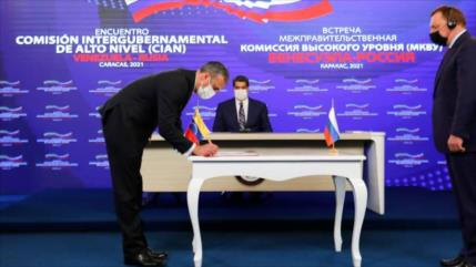Venezuela y Rusia firman 12 acuerdos de cooperación estratégica