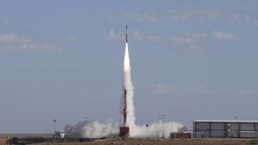 Australia dispara con éxito un misil desde el sur de su territorio, 18 de mayo de 2016.