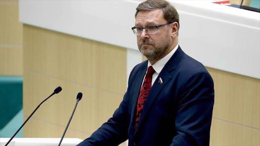 El jefe del comité internacional del Consejo de la Federación Rusa (el Senado), Konstantin Kosachev. (Foto: TASS)