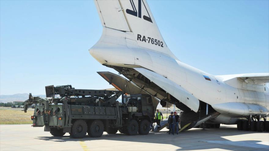 EEUU sanciona a Turquía por vínculos con la Defensa de Rusia