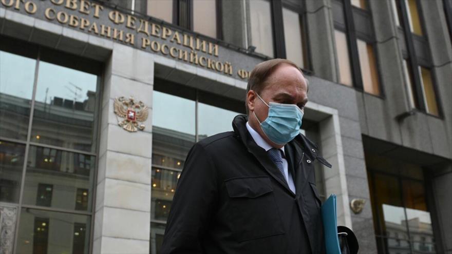 Rusia dice que devolverá a su embajador cuando EEUU cambie de actitud
