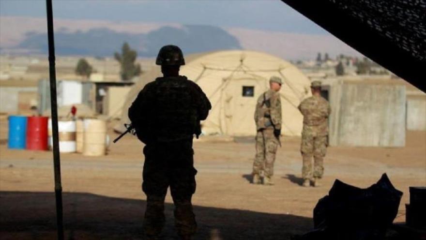 Un soldado estadounidense monta guardia en una base militar en Mosul, Irak, 14 de febrero de 2017. (Foto: Reuters)