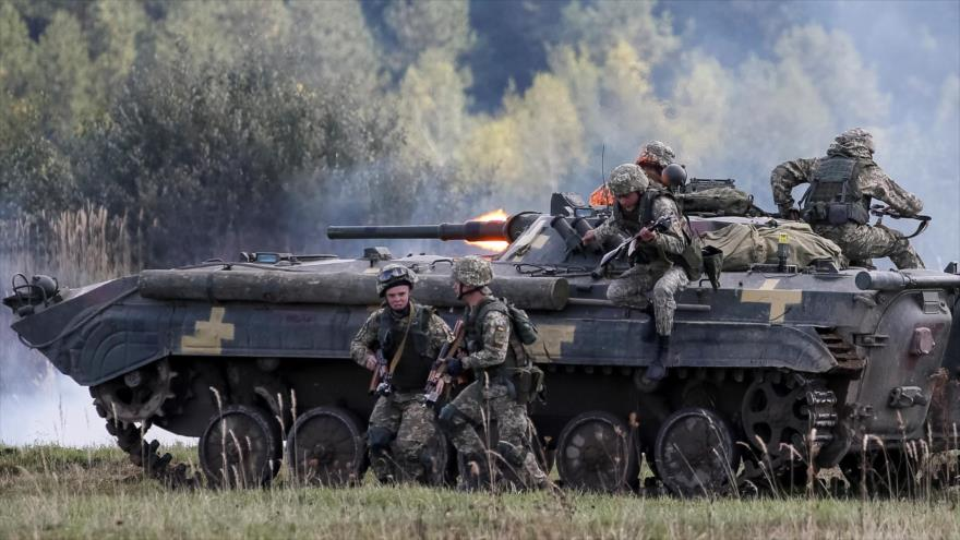 Fuerzas de la OTAN realizan un ejercicio militar conjunto con las fuerzas ucranianas en el oeste de Ucrania. (Foto: Reuters)