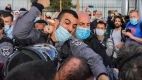 Policías israelíes golpean a diputado judío en protesta propalestina