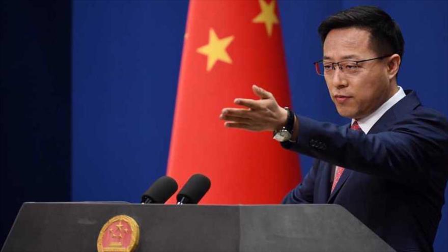 Portavoz del Ministerio de Relaciones Exteriores de China, Zhao Lijian, en una rueda de prensa en Pekín, capital, 8 de abril de 2020. (Foto: AFP)