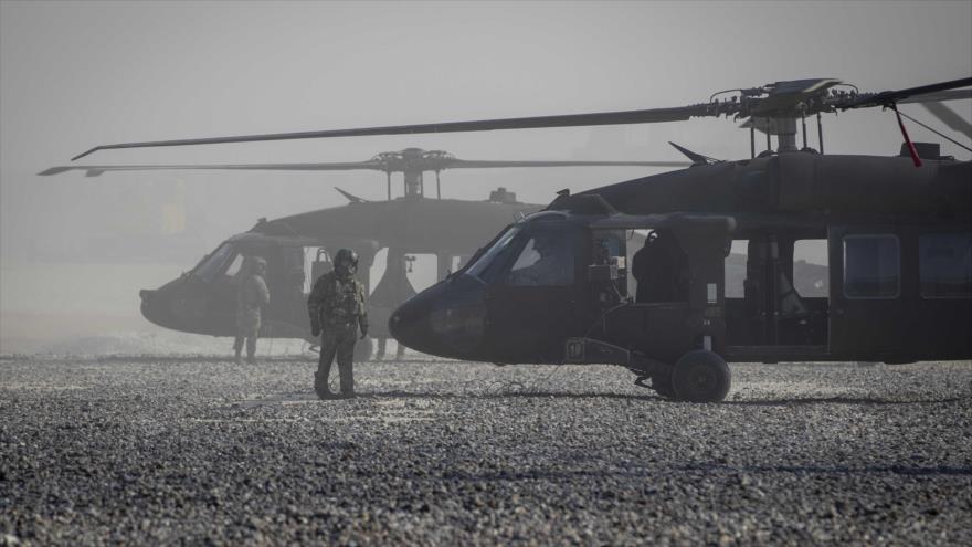 Helicópteros Blackhawk de EE.UU. en un lugar no revelado en el este de Siria, 11 de noviembre de 2019.