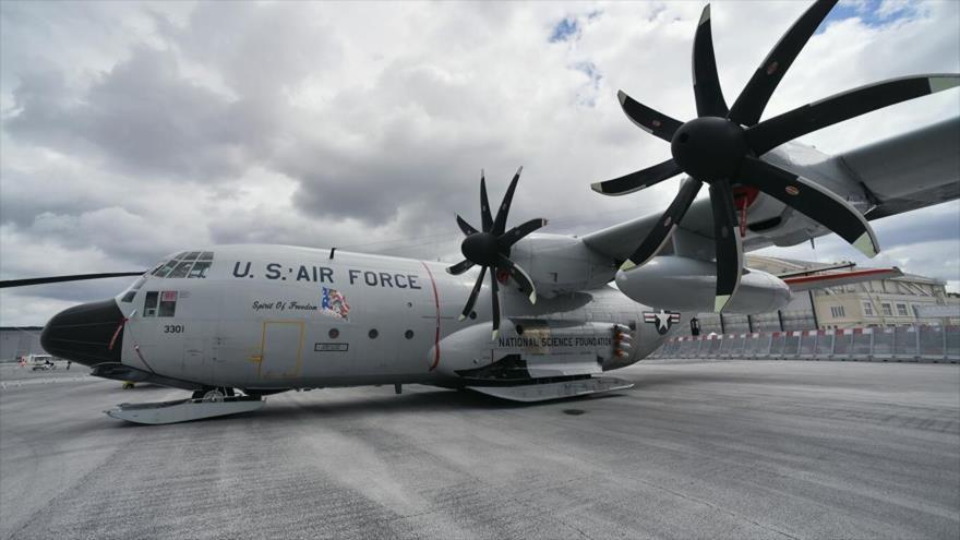 EEUU envía avión militar a Ucrania en medio de tensiones con Rusia | HISPANTV