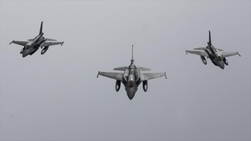 Tres aviones de combate F-16 de Turquía. (Foto: Fuerza Aérea turca)