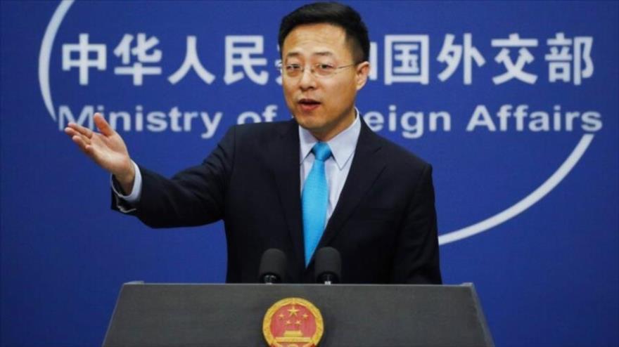 El portavoz del Ministerio de Asuntos Exteriores de China, Zhao Lijian, durante una rueda de prensa en Pekín, la capital.