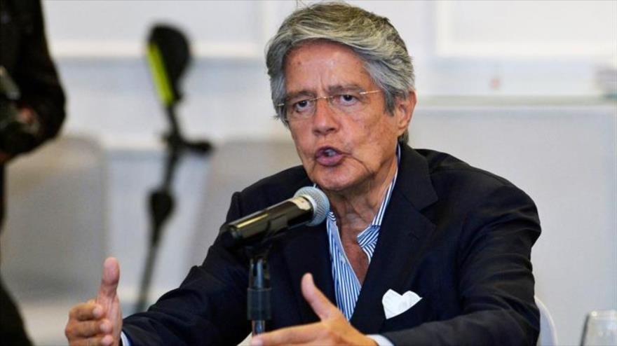El presidente electo de Ecuador, Guillermo Lasso, en una conferencia de prensa en Quito, 12 de abril de 2021.