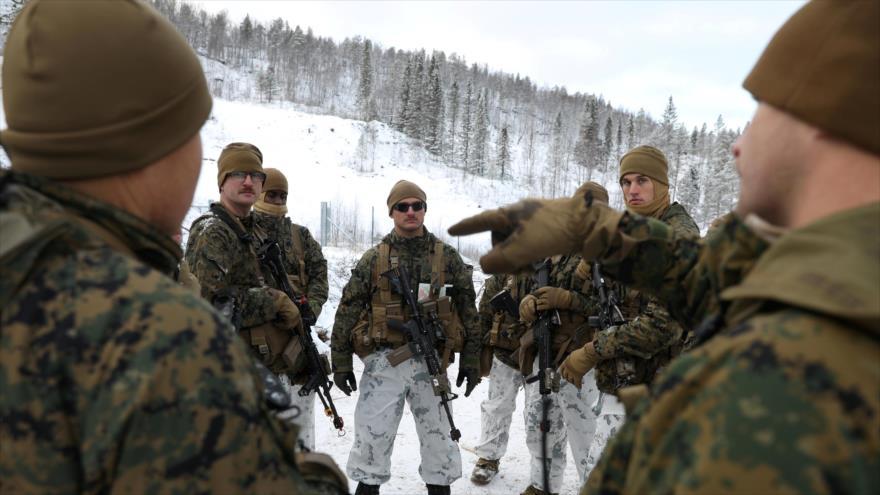 Infantes de Marina de EE.UU. participan en un simulacro militar en Setermoen, Noruega, 29 de octubre de 2019. (Foto: Reuters)