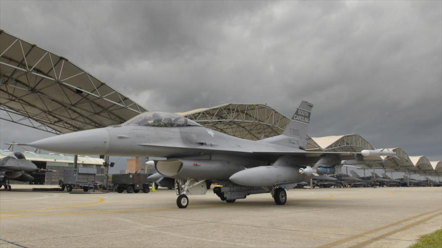 Un avión de combate F-16 de la Guardia Nacional Aérea de Carolina del Sur (EE.UU.).