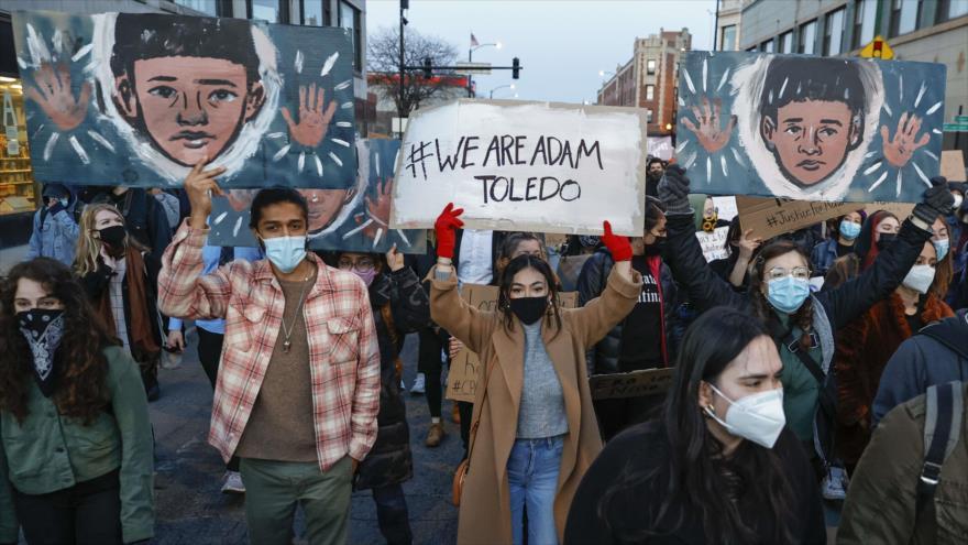 ¡No más policías asesinos!: Gritan en EEUU contra fuerzas de orden