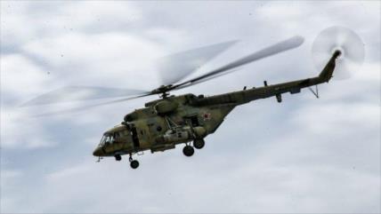Mueren cinco militares peruanos al caer su helicóptero en un río