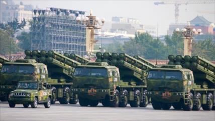 Disuadiendo a La India, China envía sistemas de misiles a Himalaya
