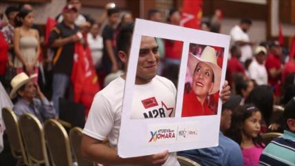 Opositores hondureños buscan acuerdos para derrotar a oficialismo