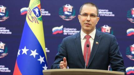 Arreaza critica supuesta voluntad de EEUU de ayudar a Venezuela