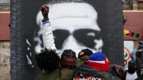 Estadounidenses celebran condena contra asesino de George Floyd