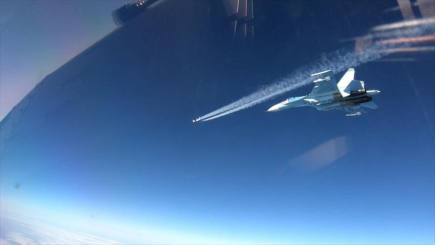 El grupo de aviones militares rusos que vuelan sobre aguas internacionales en el Mar Báltico visto por los pilotos de la OTAN, 20 de abril de 2021.