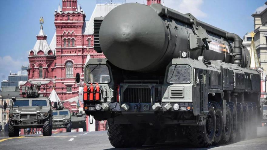 Rusia y Ucrania suenan tambores de guerra: ¿Cómo están armados? | HISPANTV