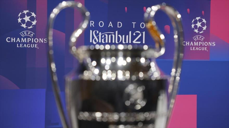 El trofeo del final de la Liga de Campeones 2020-2021, que se celebrará en la ciudad turca de Estambul.