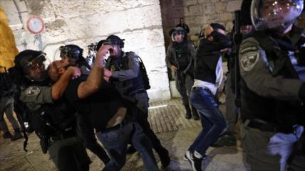 Israel reprime con mano dura manifestaciones palestinas en Al-Quds