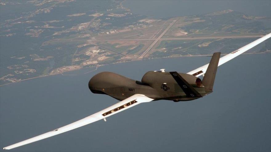 Un avión no tripulado (dron) de reconocimiento estratégico estadounidense RQ-4A Global Hawk. (Foto: Reuters)