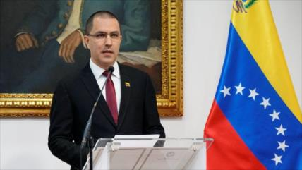 Venezuela tacha de 'infame' el informe de HRW