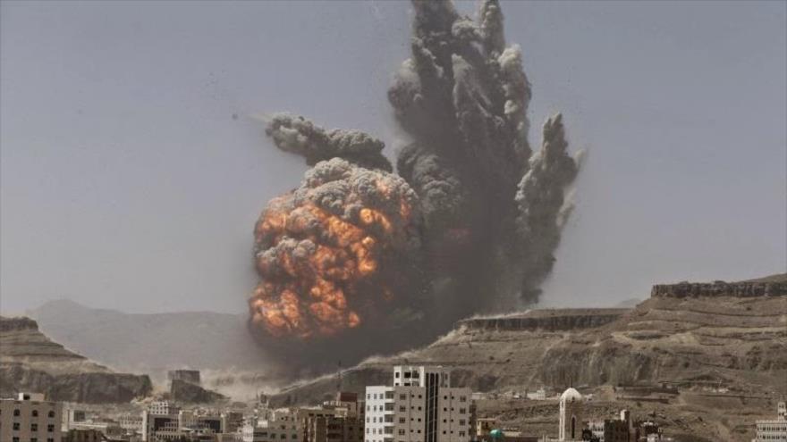 Bombardeo en Saná, capital de Yemen. (Foto: Reuters)