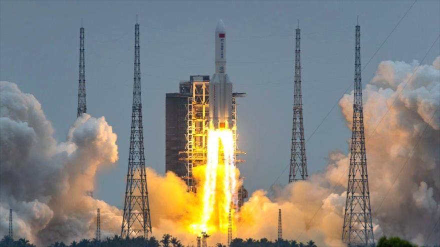Vídeo: China lanza el módulo central de su estación espacial